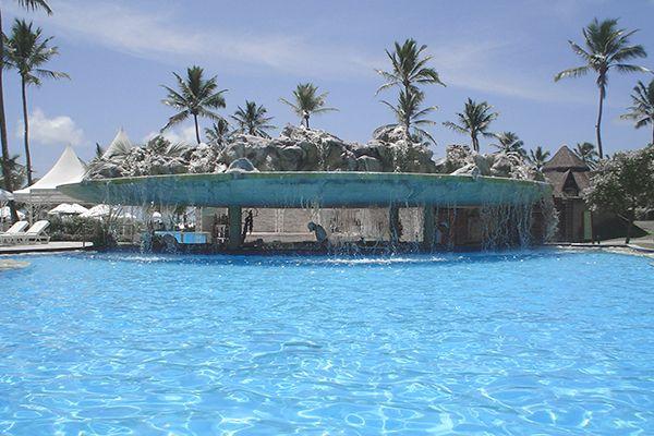 bar-molhado-piscina