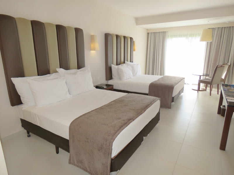 quarto-duas-camas-casal