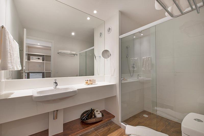 Banheiro smart detalhes em branco