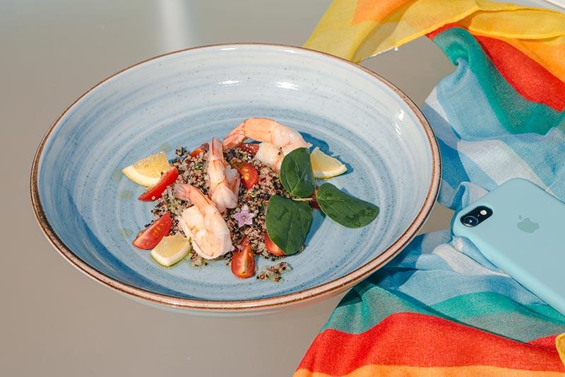 Pratos especiais detalhes pratos com camarão
