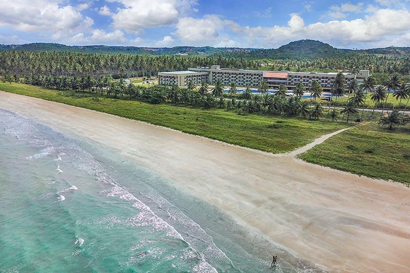Vista aérea de toda estrutura do Japaratinga Resort