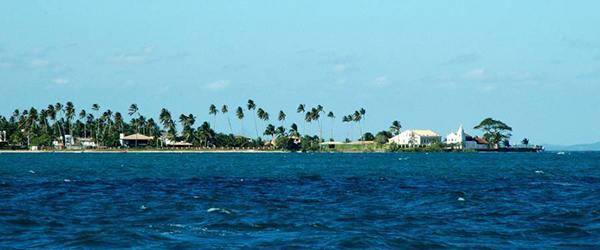 As melhoras praias da Ilha de Itaparica Praia da Penha
