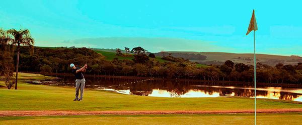 Resorts com campo de golfe no Brasil: Aguativa Golfe Resort