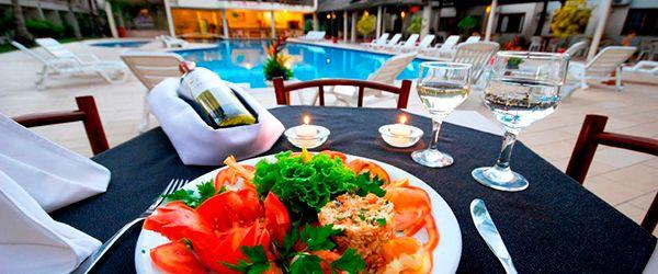 Nauticomar All Inclusive Hotel & Beach Club: restaurantes