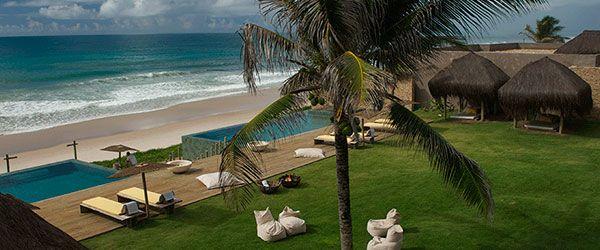 Piscinas com vista mar no Kenoa Resort