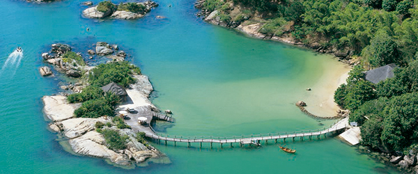 Ponta dos Ganchos Exclusive Resort — Santa Catarina