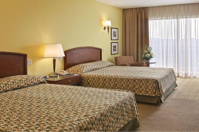 apartamento-camas-casais