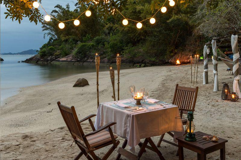 jantar-na-praia