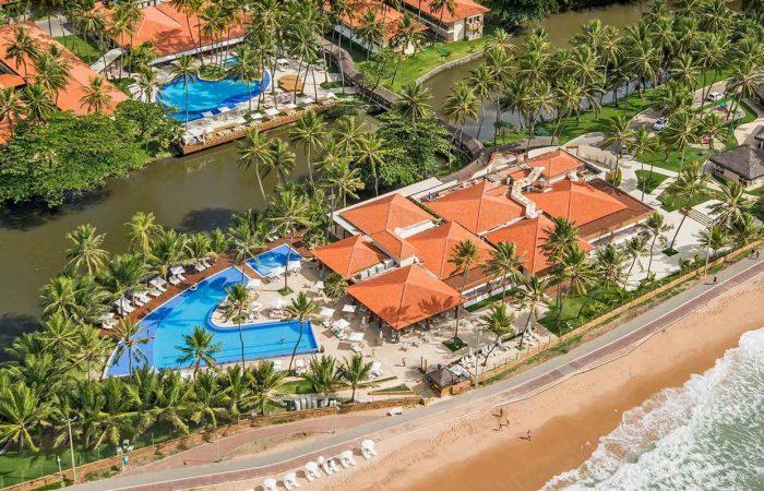Vista aérea do Jatiúca Resort onde oferece a melhor estrutura para você e sua família