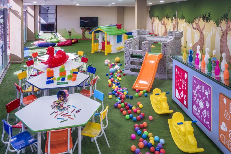 kids area interna com proteção e diversão para os pequenos