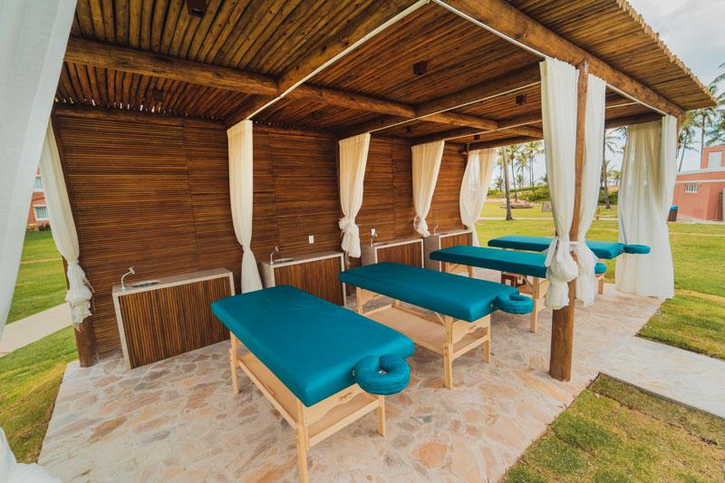 Maca de massagem em meio a natureza relaxamento garantido