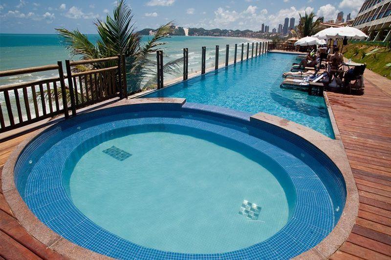 Pequenas piscinas com hidromassagem