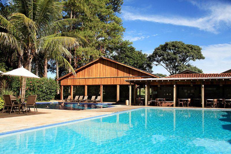 piscina-ceu-azul