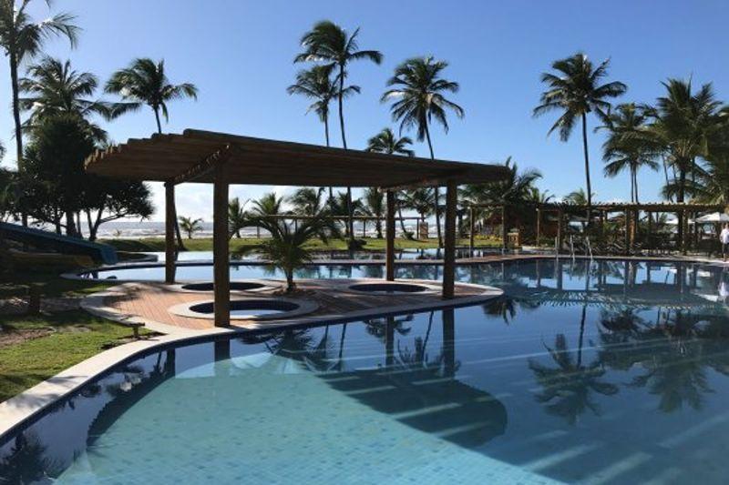 piscina-detalhes-coqueirais