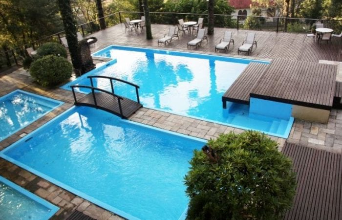 piscina-detalhes-travessia