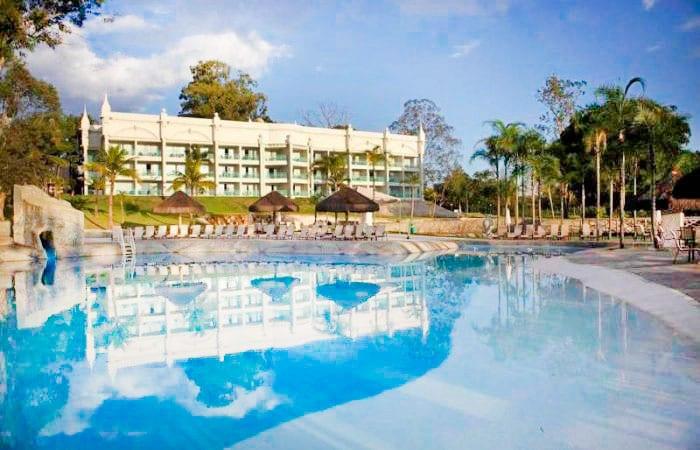 piscina-fachada