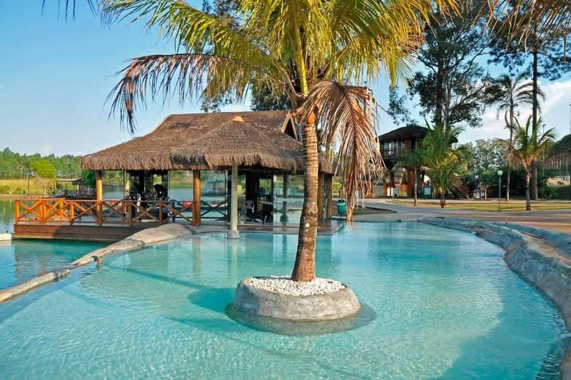piscina-lazer-detalhe-coqueiro