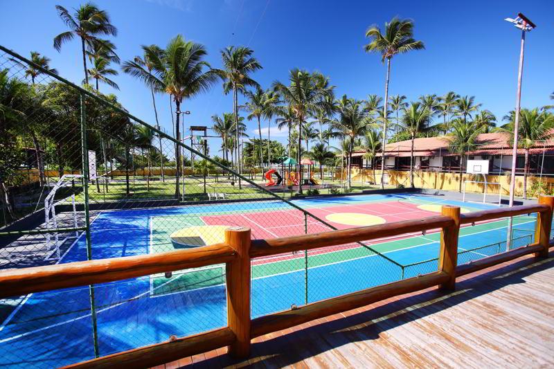 resort conta com quadras poliesportivas cercadas