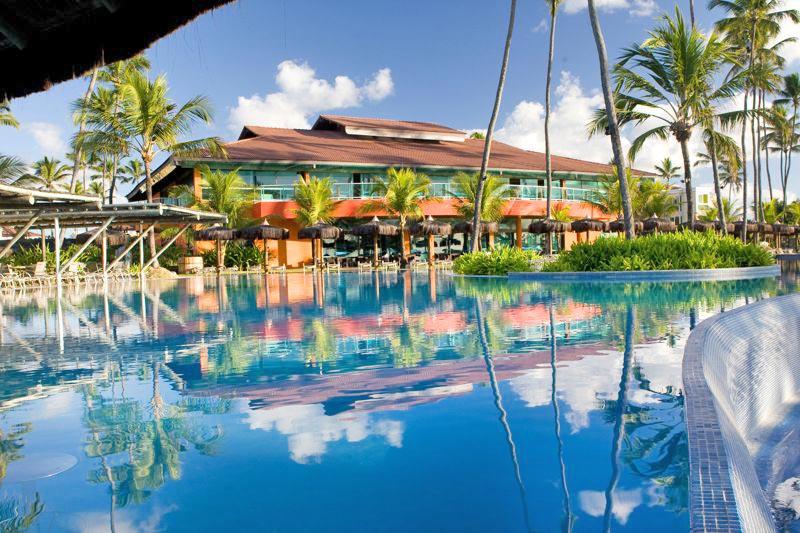 Restaurante com vista piscina