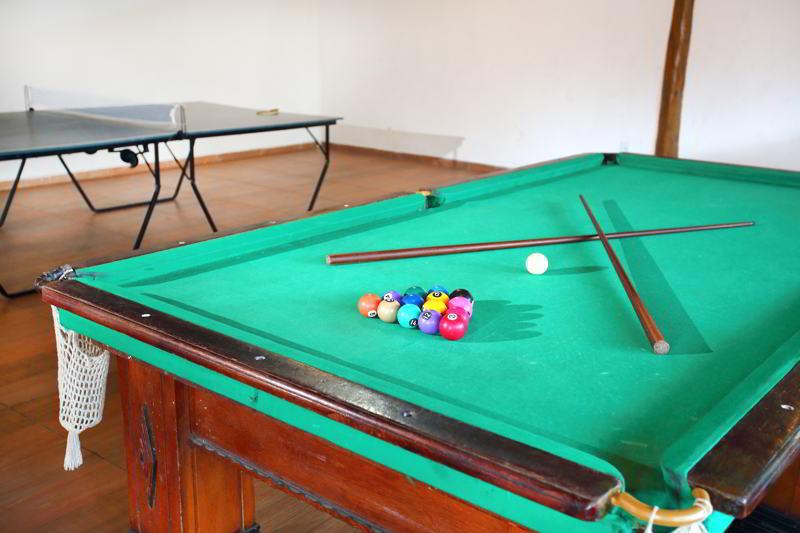 Atividades na ala esporte como sinuca e ping-pong