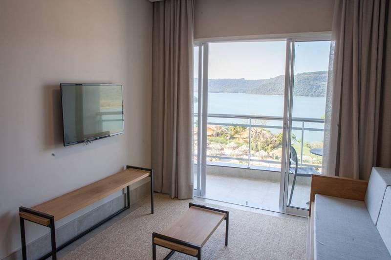 suite-apartamento-sala-varanda