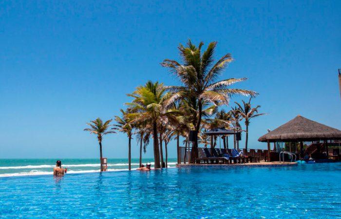 Vista piscina Acqua Beach Park Resort