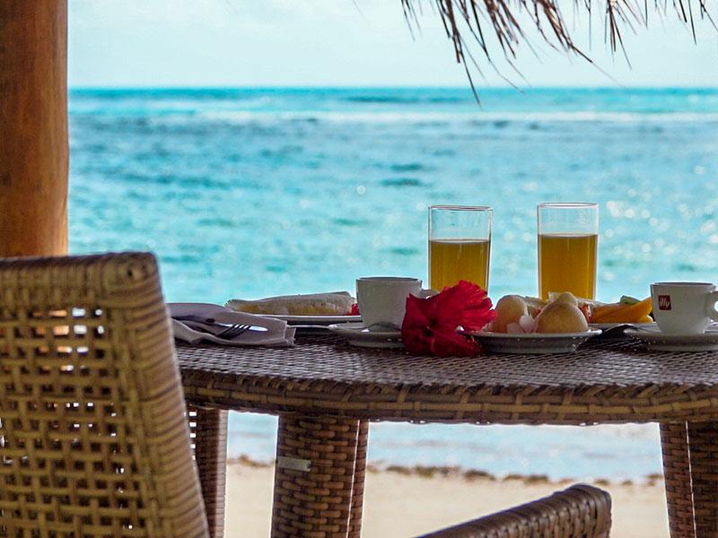 Café da manhã frente mar para desfrutar da melhor gastronomia de Pernambuco