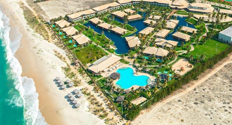 Vista aérea lateral Resort Dom Pedro Laguna